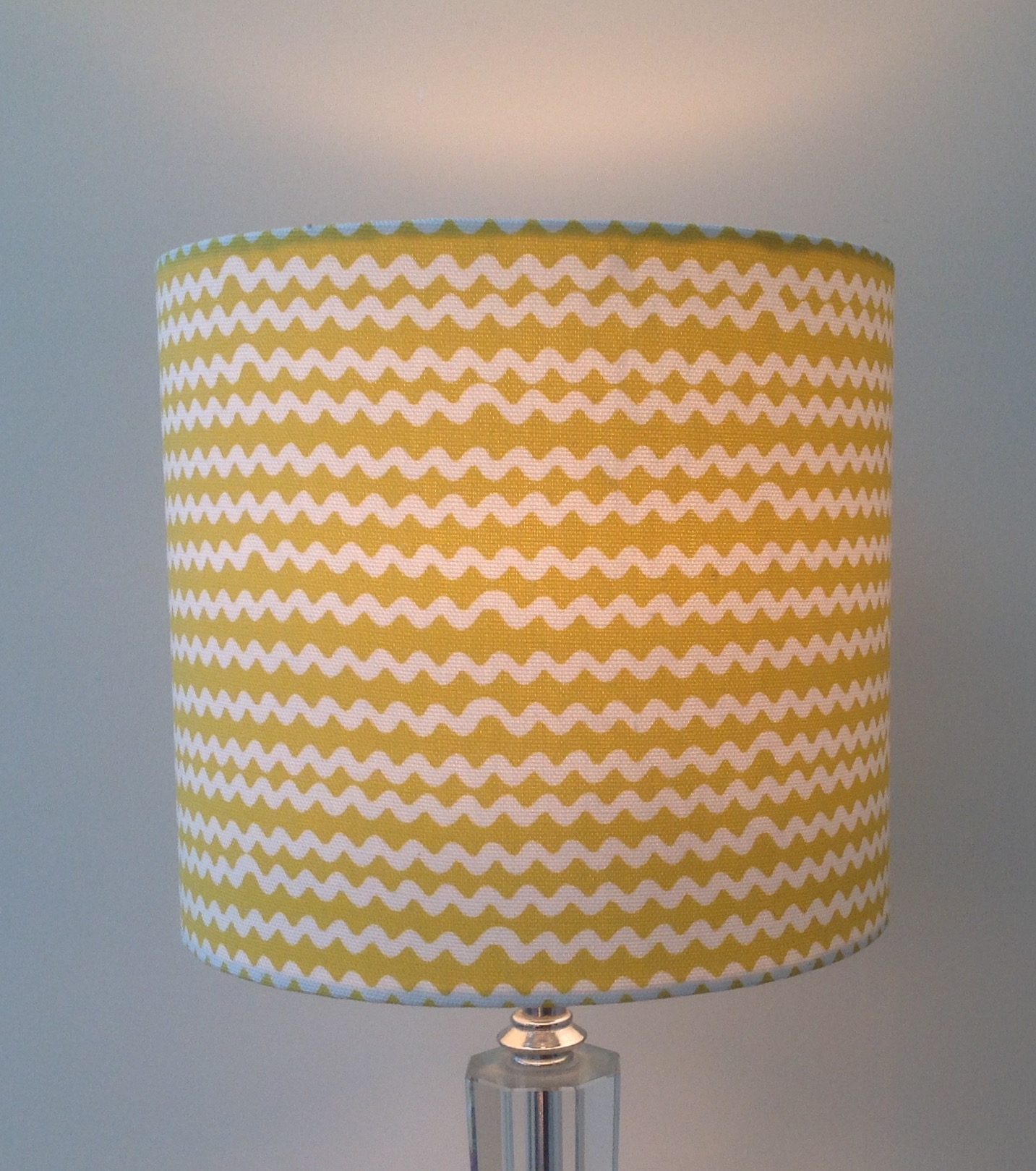 Contemporary lampshade